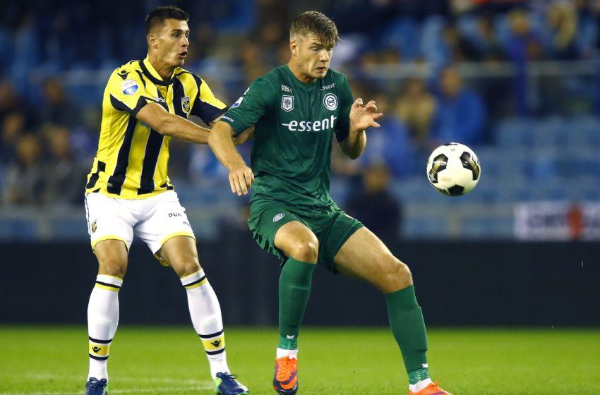 Chelsea S Matt Miazga Must Seize The Opportunity Of His First Vitesse Start