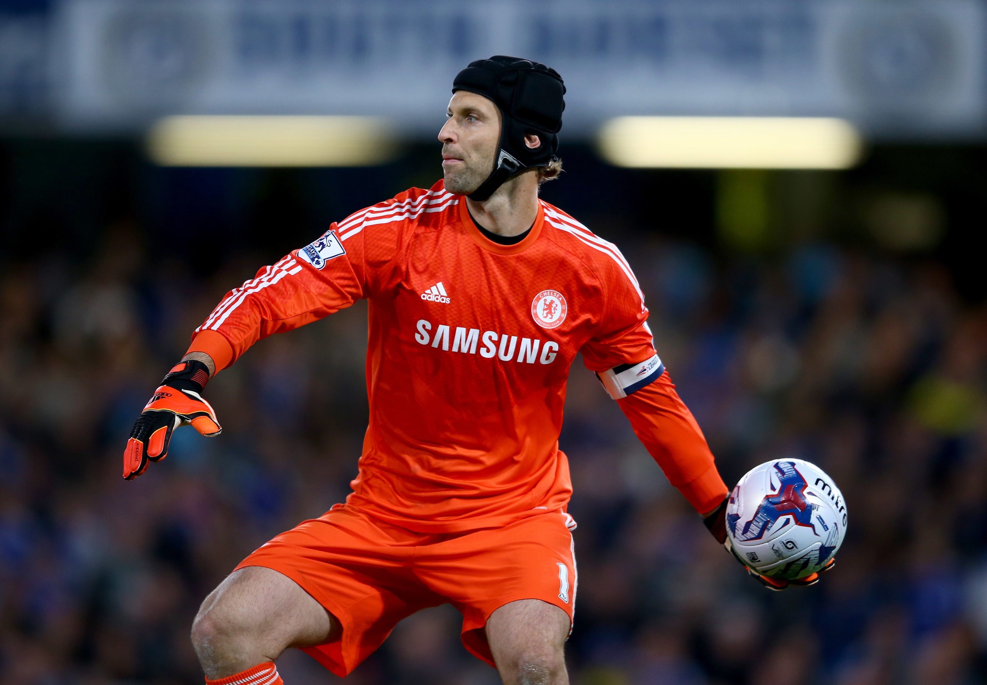 """Chelsea: Petr Cech uniquely suited to be """"custodian of sporting performance"""""""