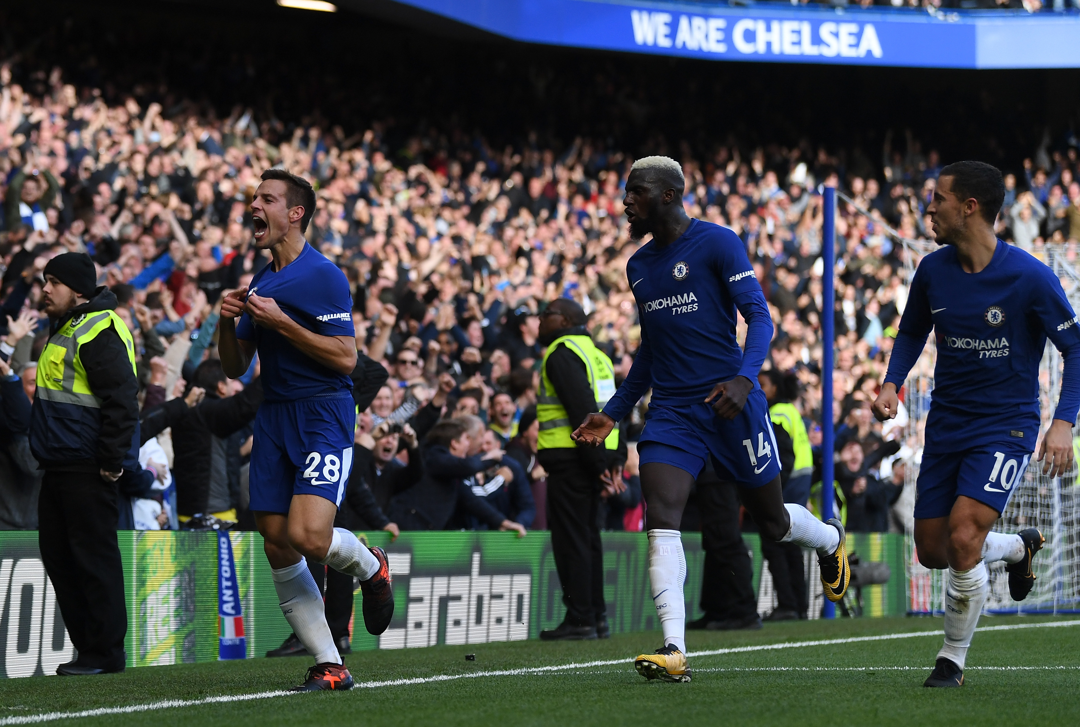 Trouble looms for Antonio Conte as Chelsea stars turn against him