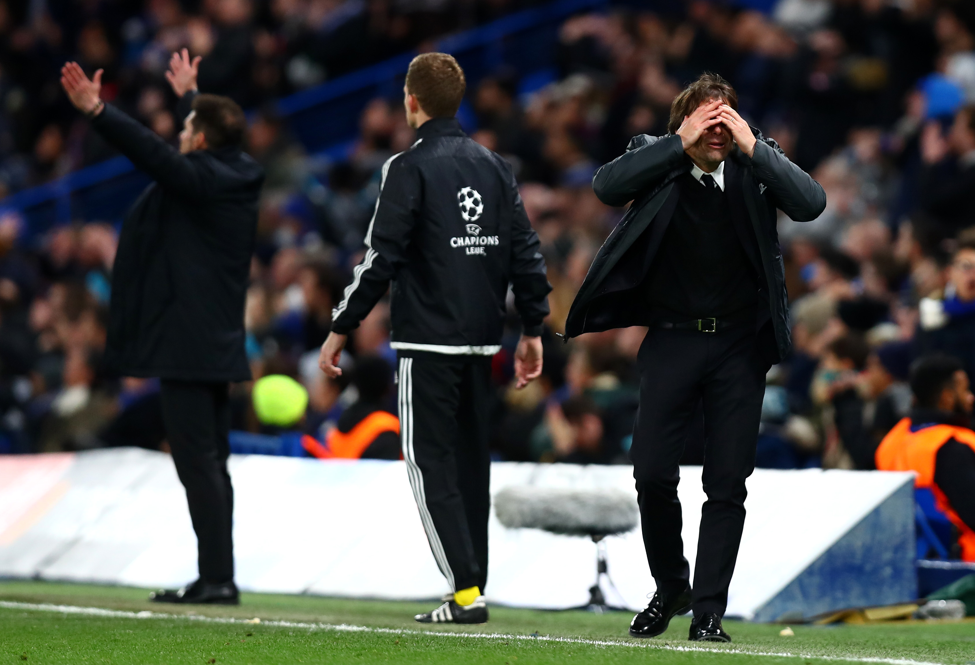 Chelsea boss Antonio Conte warns fans over Champions League expectations